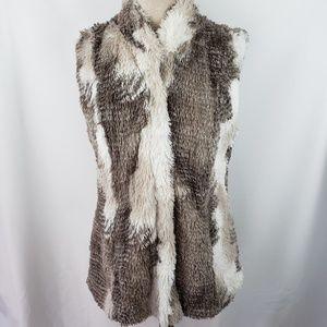 Cabi zip front faux fur vest, Medium, EUC
